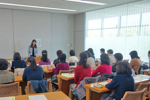 学校図書館講座の写真